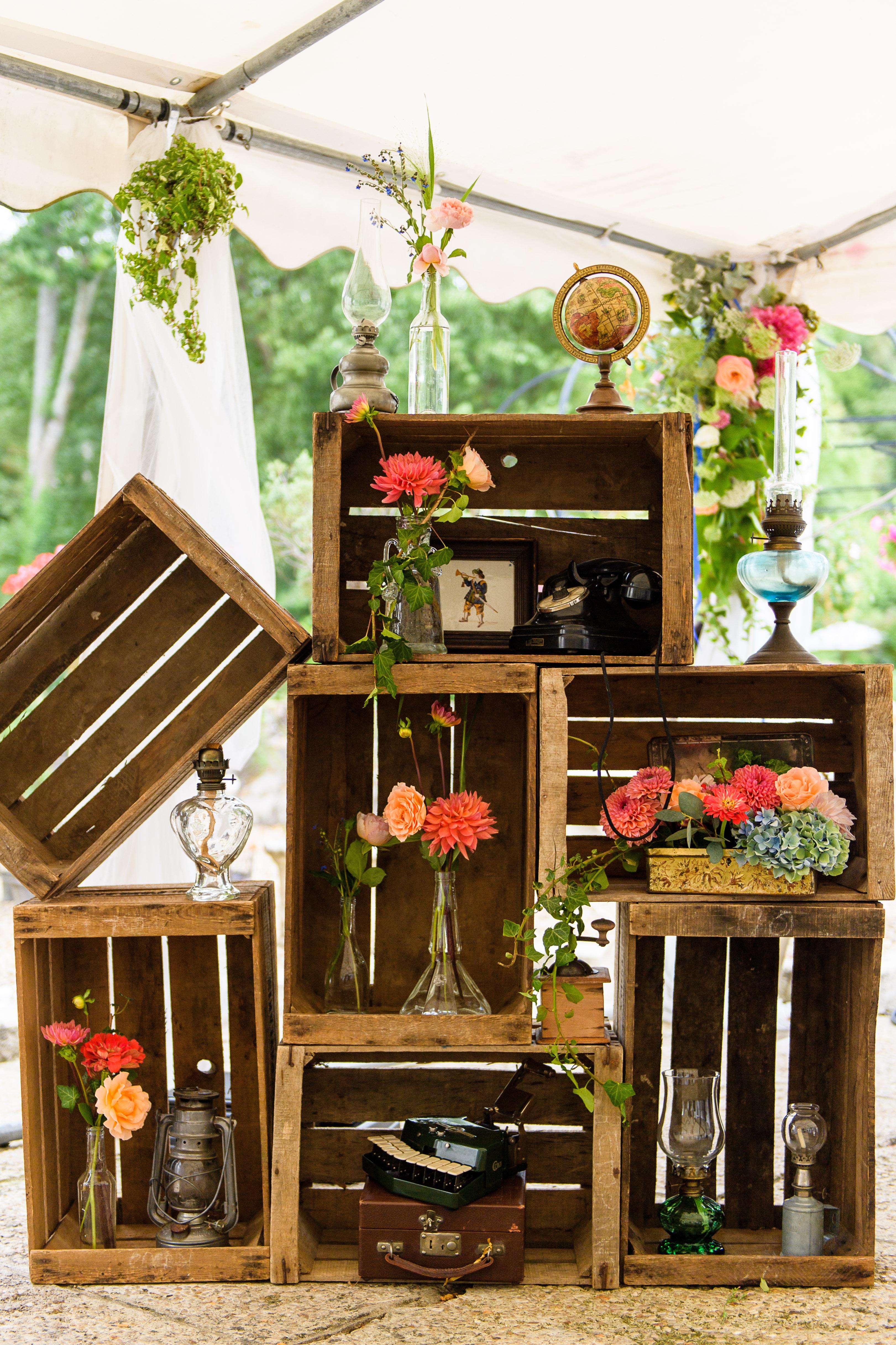 mariage vintage caisse pommes. Black Bedroom Furniture Sets. Home Design Ideas