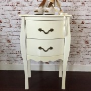 petite-commode-baroque-vintage