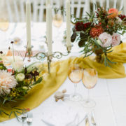 deco-table-mariage-chandelier